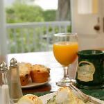 Breakfast -- Eggs Sardou