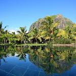 LUX* Le Morne Pool