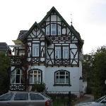 Villa Rossek von der Parkstrasse