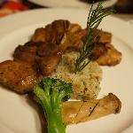 晚上的主菜-豬肋排