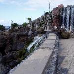 Playa Jardín, cascada