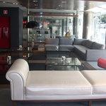 Lobby hotel Husa Mola Park