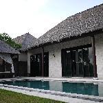villa的外面泳池