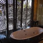 villa內的按摩浴缸