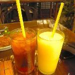 pandan Iced Tea and Mango Shake