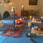 Breakfast table Delmar