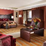 The Royal Guestroom