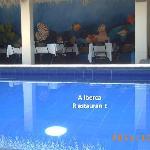 Alberca y Restaurant
