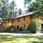Pine Ridge Lodge