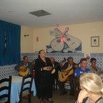 Actuacion de la cantante de fado Alzira