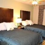Need extra room? Enjoy two queen beds and many more amenities.