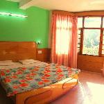 Super Deluxe Room, Hotel Ashiana Dalhousie