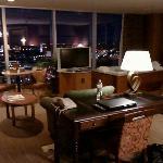 a corner king suite