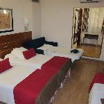 Spacios room with 4 bed for families
