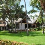 Hotel Reception & Gardens