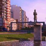 Estatua de Alberdi