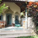 bungalows  et petit jardin privatif