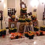 Altar de Muertos en el Lobby del Hotel