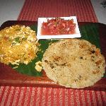 Arroz con pollo (Rice with chicken.)