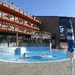 piscina con acqua calda esterna