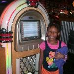 Alyna with the jukebox