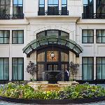 Waldorf Astoria Chicago Courtyard