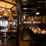Unser Restaurantteil mit Bar und wunderbar gemütlichem Ambiente