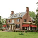 Hornsby House Inn (702 Main St)  Historic Yorktown