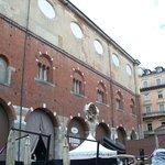 Palazzo della Ragione dalla piazza Mercanti