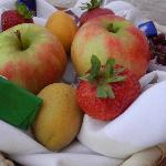 The fruit bowl in our room--Yumm!