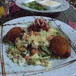 kaaskroket salad