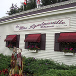 Front of the Miss Lyndonville Diner