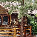 The Columbine Cabin is a popular year round rental and is ideal for a romantic Rocky Mountain ge