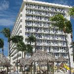 Newport Beachside Hotel
