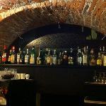 l'angolo bar nella penombra della sera