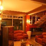 Sala de Recibo- Guest Meeting Rooms