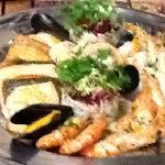 the seafood platter recommended by George.