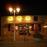Le Terroir at night