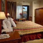 Standard Queen Hotel Room