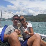 Champagne francés en el mar