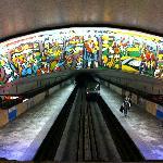 Papineu Metro station