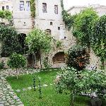 Selcuklu Evi courtyard