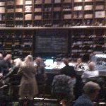 La Di-Vin Wine Bar