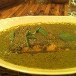 'Salmon in Thai basil sauce'