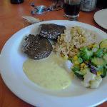 ostrich lunch