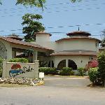 CocoLaPalm Entrance pic