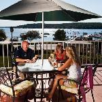 Lounge features seasonal Veranda seating