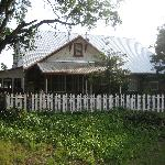 cozy lil cabin