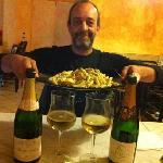tagliatelle pistacchi pinoli e pomodorini e champagne...