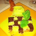 chocolate-pistachio dessert